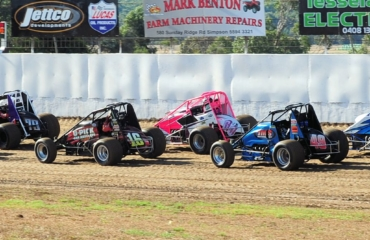 The girls and the boys come out to play on Heytesbury Stockfeeds Simpson Speedway's final night of the season